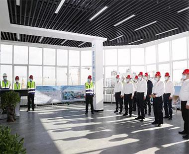 周乃翔赴新疆乌鲁木齐调研中建新疆建工及在乌重点项目